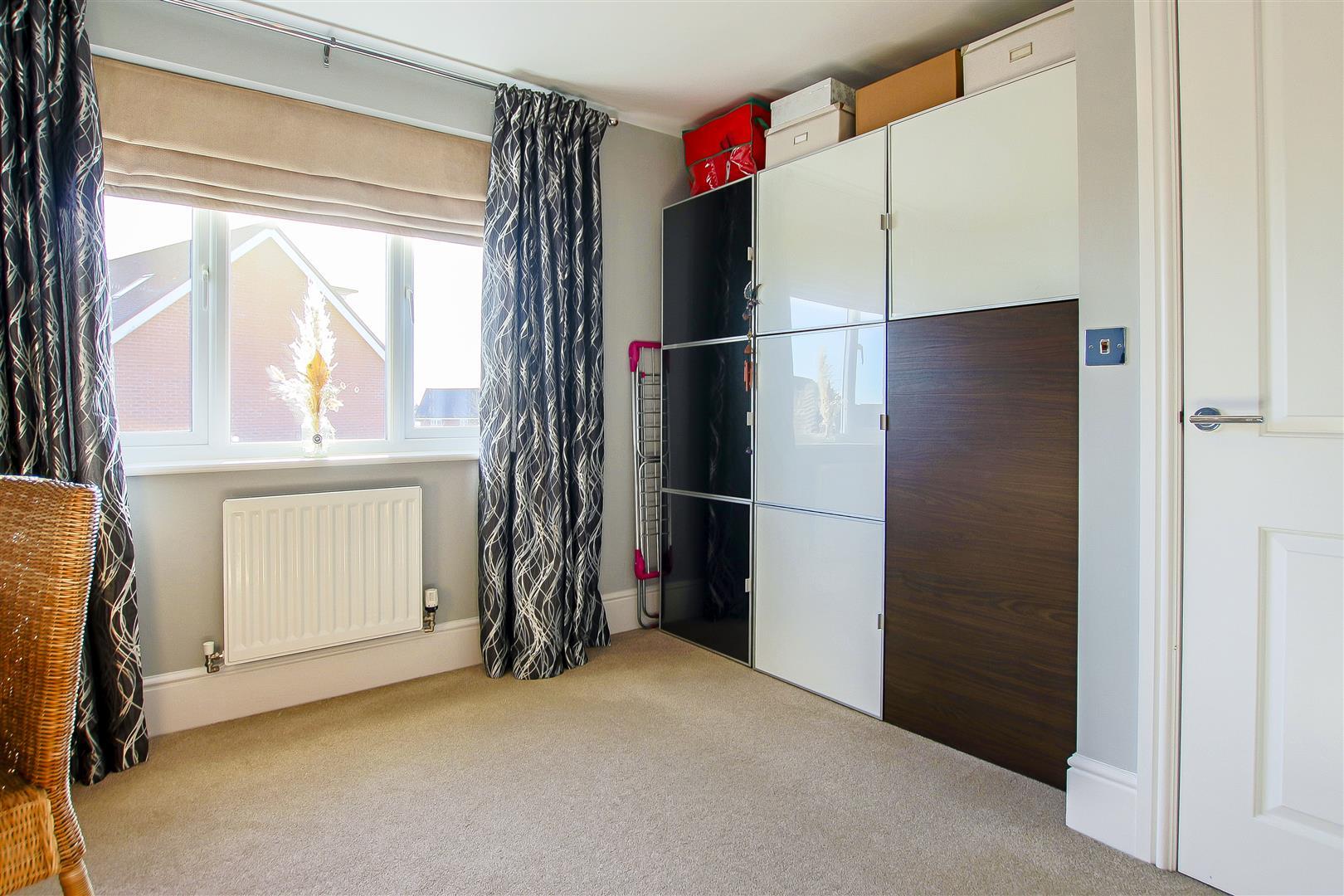 5 Bedroom Detached House For Sale - 48.jpg